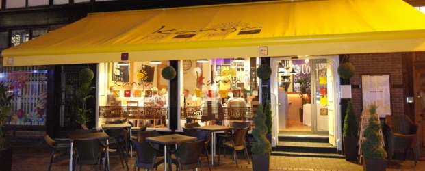 Kanya Cafe Bar & Bistro on the High Street