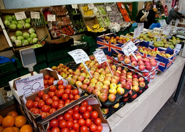Denis Fruit & Vegetables on Northwich Outdoor Market