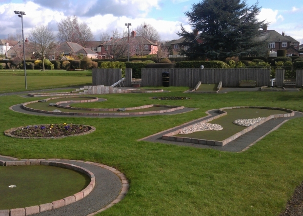 Crazy Golf at Vickersway Park